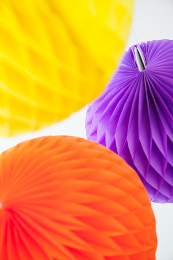 Sfere a nido d'ape multicolor